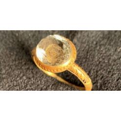 В Великобритании найдено кольцо эпохи Стюардов