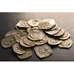 В Словакии турист нашел 700-летний клад серебряных монет