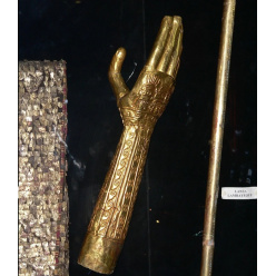 «Золотые руки» из Ламбайеке